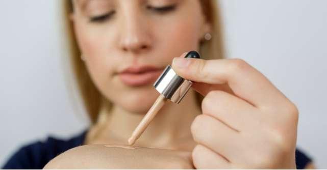 3 probleme supărătoare cu care se confruntă femeile ce poartă machiaj. Ce soluții ai la dispoziție