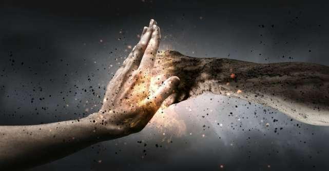 5 Moduri conștiente și de a rămâne calmă când toți oamenii din jurul tău sunt nervoși