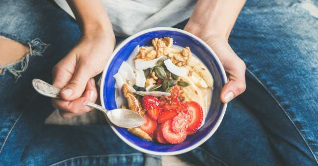 Ce este sănătos să mănânci la micul dejun acum când stai în izolare?
