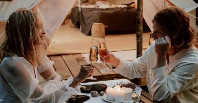 Cum să pregătești o seară romantică? 5 idei cu efect garantat