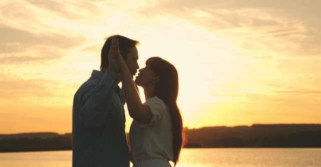 4 zodii pe care iubirea le transforma total: Sunt de nerecunoscut cand se indragostesc!