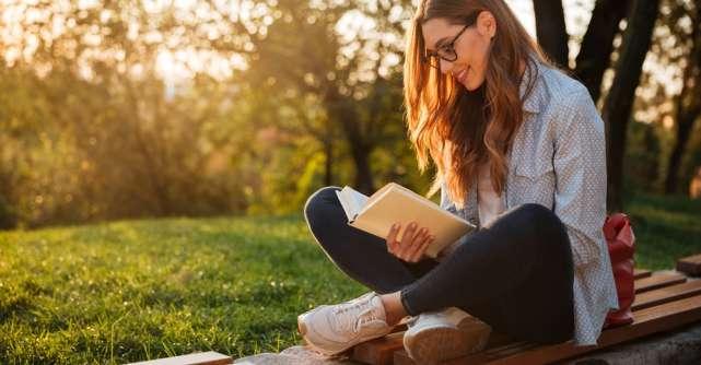 Trei cărți care ne ajută să ne cunoaștem mai bine și să relaționăm mai ușor unii cu alții