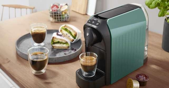 Fă-ți viața mai ușoară cu noua colecție de espressoare Tchibo Cafissimo easy