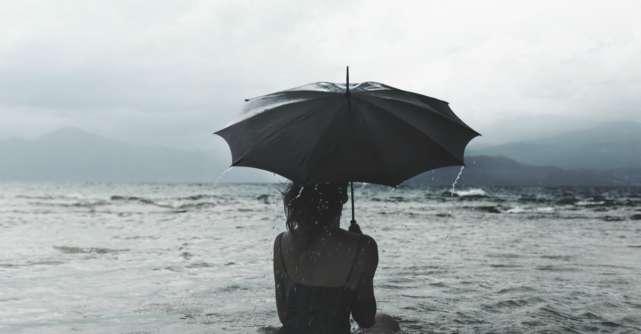 10 Lucruri pe care sa ti le spui pentru a opri furtuna din viata ta