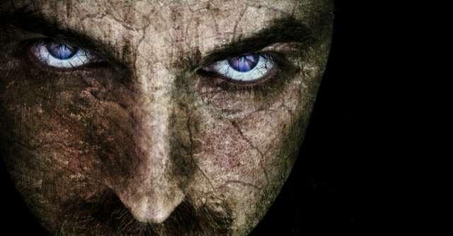 3 Tipuri de vampiri energetici care îți vor seca sufletul și cum să te aperi de ei