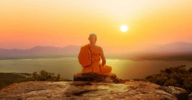 15 Reguli de viață pentru anul 2020 de la Dalai Lama, omul care știe ce înseamnă liniștea sufletului