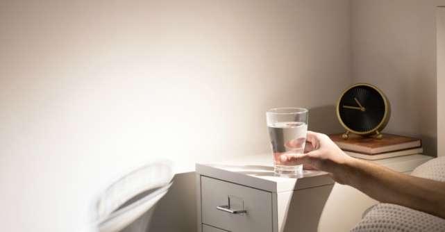 Ce se intampla in corpul tau daca bei apa noaptea, inainte de culcare