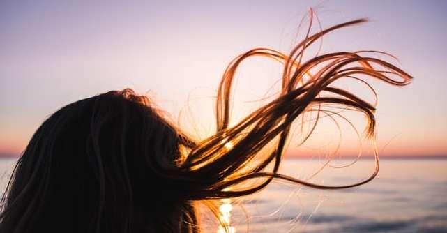 7 recomandări pentru îngrijirea părului în timpul caniculei