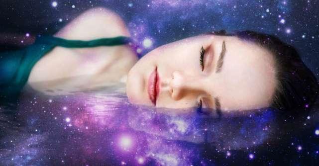 15 Mantre pe care să le repeți înainte de culcare pentru liniștea sufletului tău