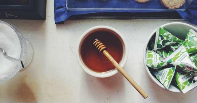 7 dulciuri delicioase pe bază de miere pentru orice răsfățat