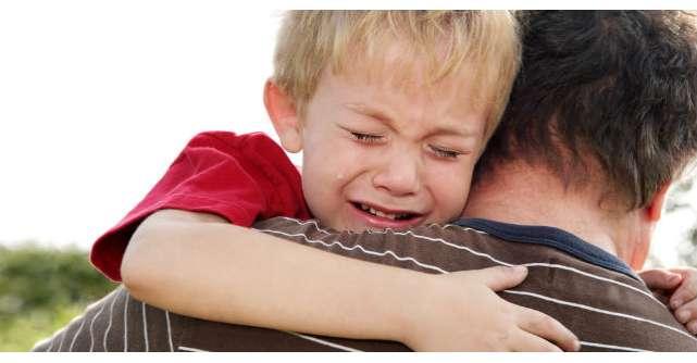 Acest tata BOGAT si-a dus fiul sa vada cum traiesc oamenii saraci. Raspunsul copilului? INCREDIBIL