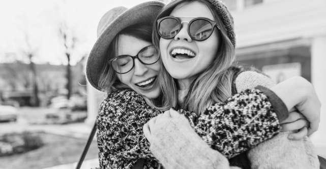 3 motive pentru care o prietena iti poate fi cel mai bun mentor