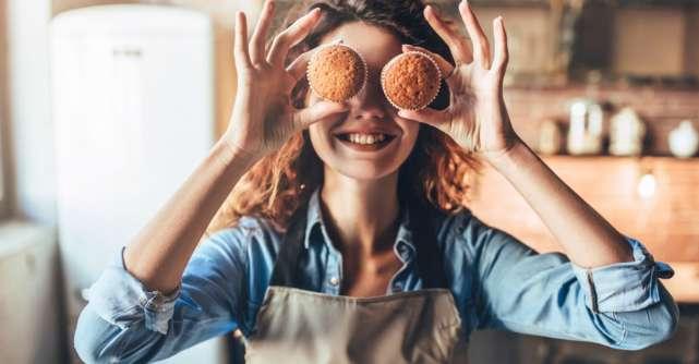 De ce gatitul poate fi terapeutic in perioada de autoizolare, chiar daca nu te pasioneaza
