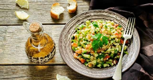 Cum prepari salata de patrunjel?