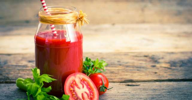 Beneficiile sucului de rosii: De ce trebuie sa bem in fiecare zi un pahar