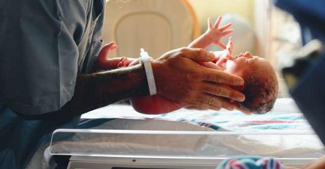 Stadiile travaliului explicate de un medic ginecolog