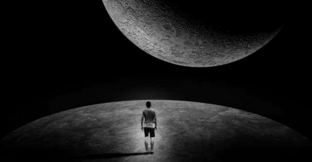 Când nu mai ai în cine să crezi, crede în Univers