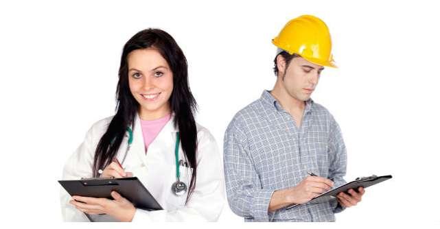 Un medic si un inginer intra intr-o ciocolaterie, apoi medicul face ASTA