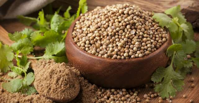 Tratamente naturiste: Coriandrul, medicamentul natural anticolesterol