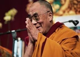 Despre puterea zambetului cu Dalai Lama