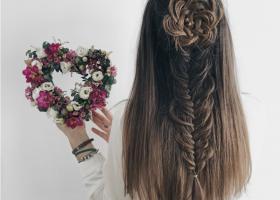 Video tutorial: Cum sa faci impletitura trandafir?