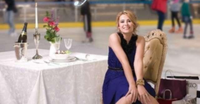 AFI Palace Cotroceni te provoaca sa Fii Mega Fashion - Elena Andreianu, in noua campanie de imagine
