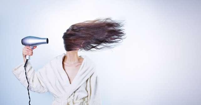 7 obiceiuri de zi cu zi care îți deteriorează părul
