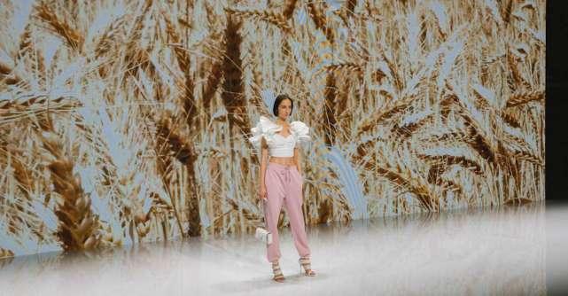 Modivo si Epantofi.ro Supervision Fashion Show:Noile tendinte la un click distanta