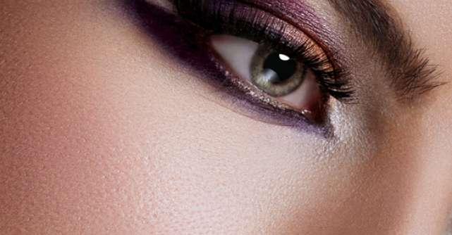 Privire colorata cu lentile de contact