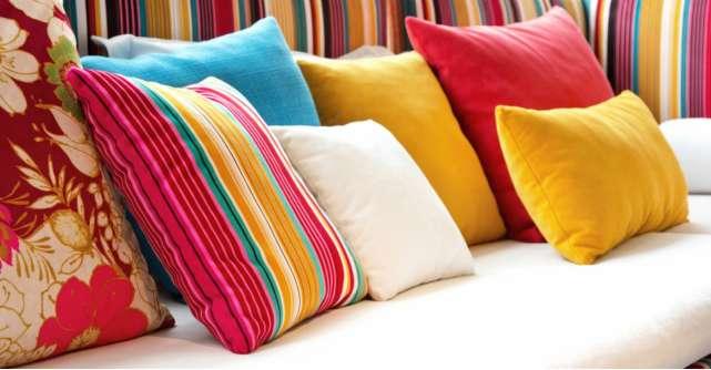 8 perne decorative de inspirație romantică pentru un colț cu armonie