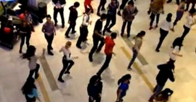 Flashmob istoric in Romania
