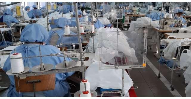 1949Târnava: În două săptămâni fabrica noastră a început producția de echipamente medicale