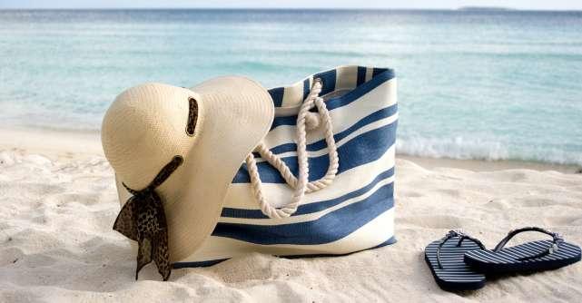 Aștept diploma de amețită! Când merg la plajă, zici că mă mut!