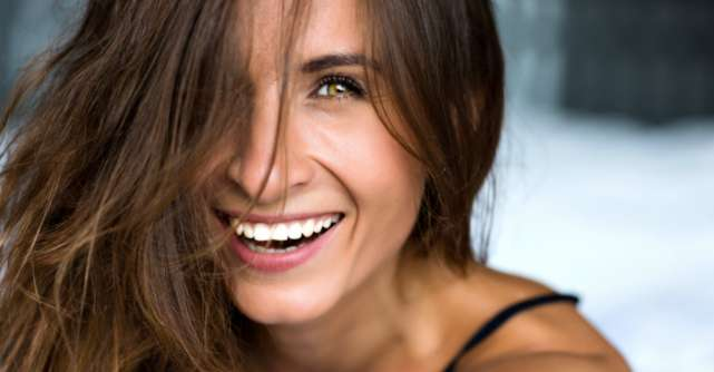 4 tipuri de zambet care te vor ajuta sa cuceresti orice barbat