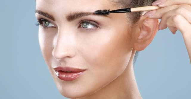 5 produse cosmetice pentru sprâncene perfecte