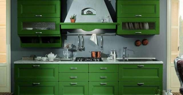 20 de accesorii si piese de mobilier in culoarea verde