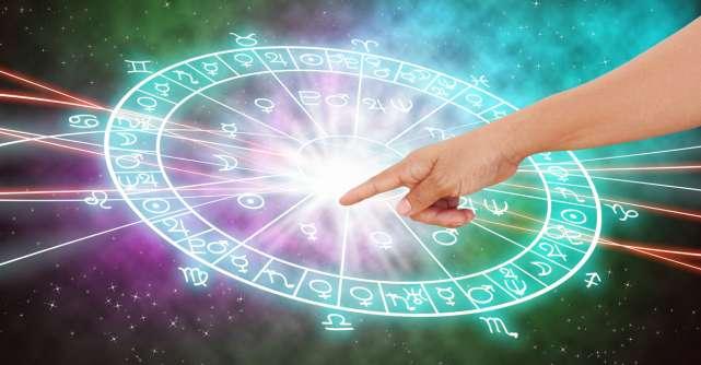 Cele 3 zodii care vor avea noroc la BANI în Luna Iubirii