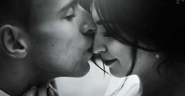 6 Semne că partenerul de cuplu vrea să-și petreacă întreaga viață cu tine