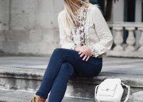 Tunici răcoroase de in - ideale de purtat indiferent de sezon și stil