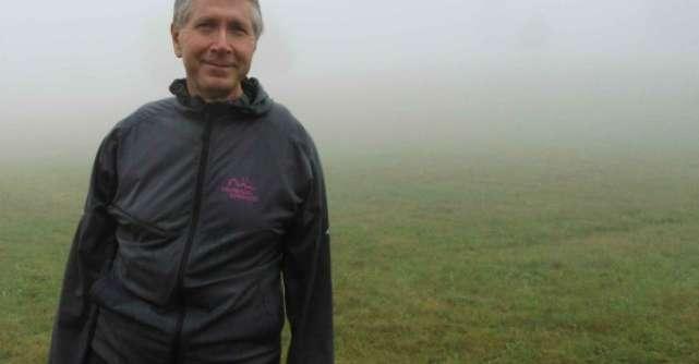 Au urcat 13 km pe munte pentru a atrage atentia asupra bolilor inflamatorii intestinale