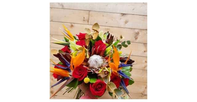 Propunerile Baiatul cu Flori pentru Sfantul Andrei: Trandafiri criogenati, cadouri exotice si buchete elegante