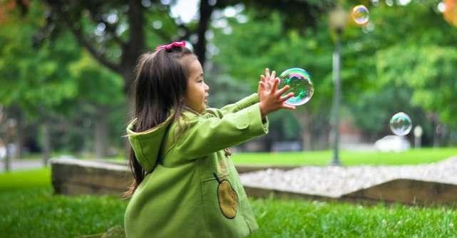10 idei de activități în natură pentru copii