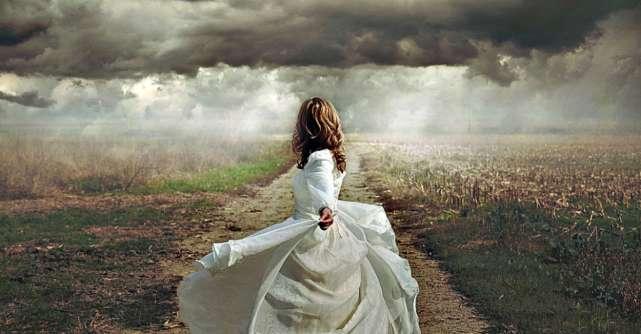 Respiră, furtunile nu durează o veșnicie. Fără ploaie nu crește nimic