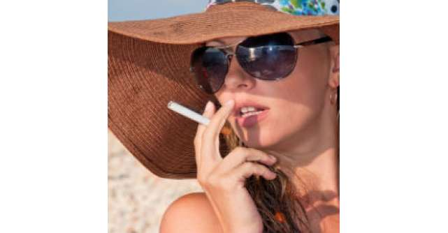 Sexul te ajuta sa renunti la fumat si iti testeaza vederea