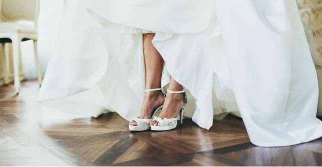 Sandale pentru mirese: 7 propuneri pentru nunți de vară