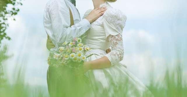 Cele mai frumoase citate de dragoste: Alfabetul iubirii dupa Magda Isanos