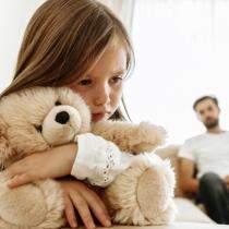 Probleme cu tatal in copilarie = Probleme de cuplu la maturitate