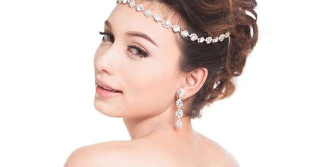 15 Coafuri romantice pentru nunta ta