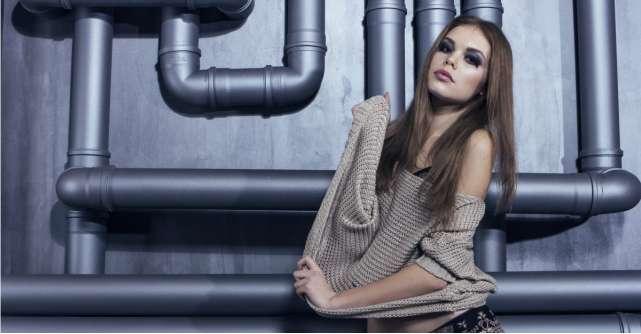 Trend alert: pulovere si bluze oversized