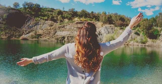 3 lucruri pentru care nu trebuie sa te simti inferioara cand te compari cu persoane de aceeasi varsta